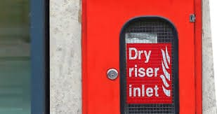 Dry risers in office buildings - office fire safety